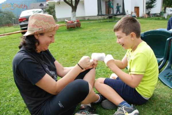 PlaYouth Tabăra Kaleidoscopil copii și părinți 2017